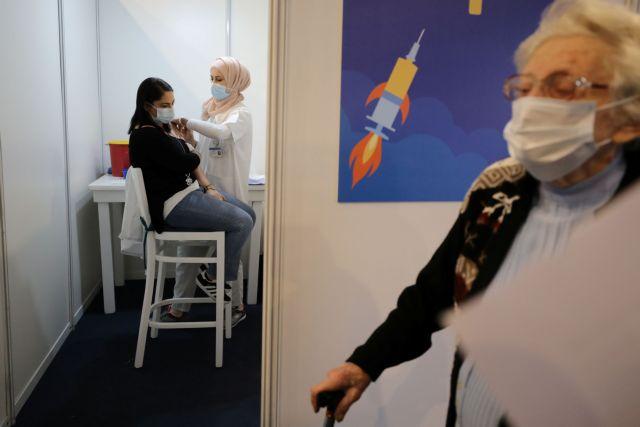 Λειτουργούν καλύτερα τα εμβόλια όταν παρουσιάζονται παρενέργειες; | tanea.gr