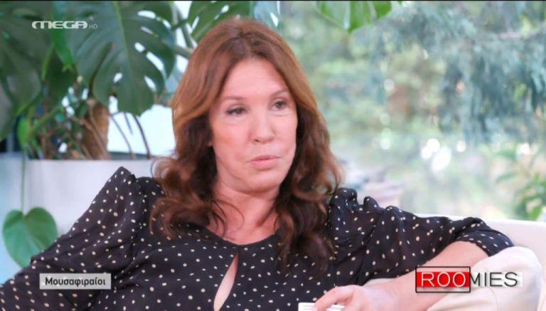 Βάνα Μπάρμπα: «Δεν υπήρχε καμία ωραιότερη από εμένα - Οι γυναίκες έφευγαν απ' όπου καθόμουν γιατί με φοβούνταν» | tanea.gr