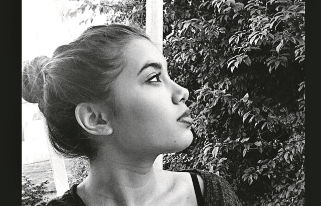 Γλυκά Νερά: 5 κρίσιμα ερωτήματα για τη δολοφονία της Καρολάιν   tanea.gr