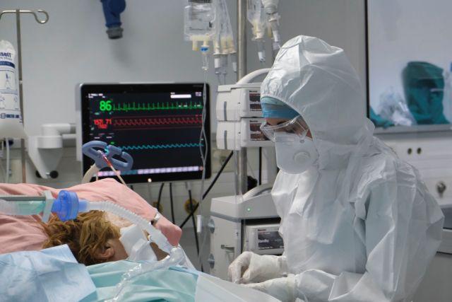 Λαμία: Θήκη δοντιού σφηνώθηκε στον πνεύμονα ασθενή κατά τη διασωλήνωση   tanea.gr