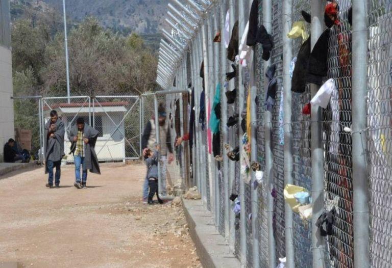 Χίος: Φρίκη στη ΒΙΑΛ - Ποντίκια κατασπάραξαν νεκρό πρόσφυγα | tanea.gr