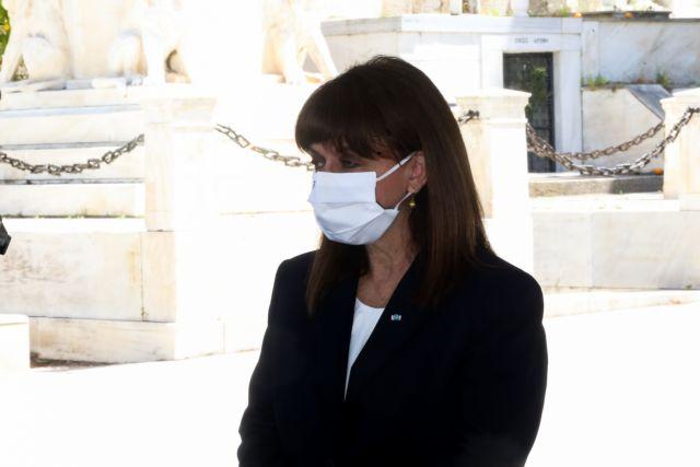 Στο πλευρό των ακριτών η Κατερίνα Σακελλαροπούλου – Το μήνυμα για το Πάσχα   tanea.gr