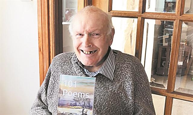 Πώς τα ποιήματα ενός άγνωστου 92χρονου Σκωτσέζου έγιναν ξαφνικά μπεστ σέλερ   tanea.gr