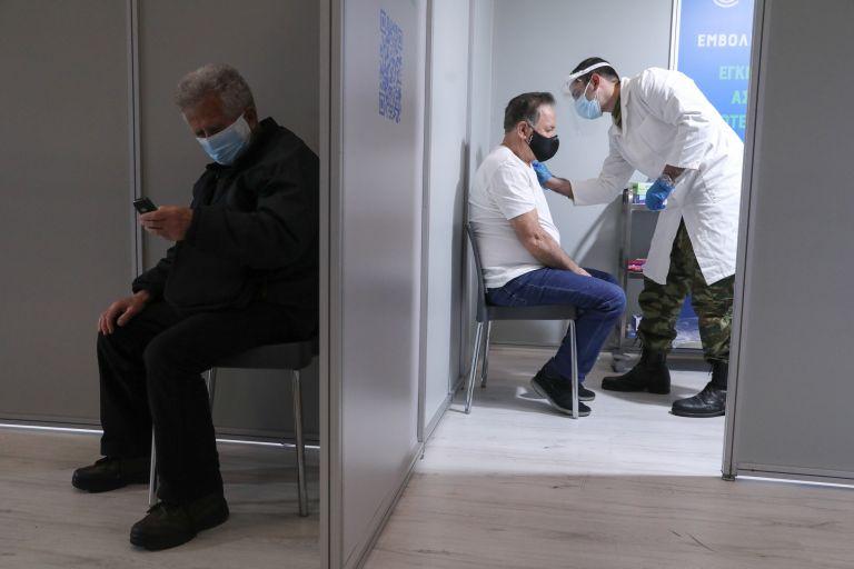 Εμβολιασμοί: 4,5 εκατ. τα ραντεβού έως τώρα – Ποιες ηλικιακές ομάδες εκδηλώνουν το μεγαλύτερο ενδιαφέρον | tanea.gr
