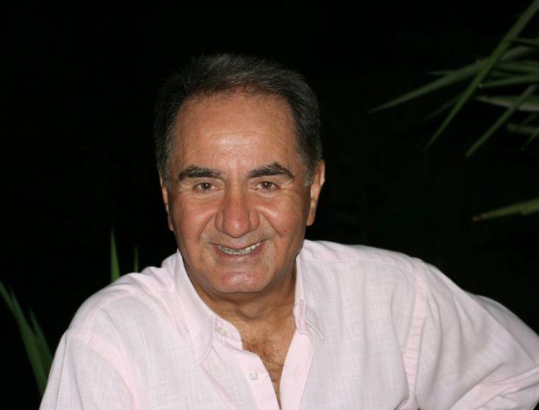 Θεόδωρος Κατσανέβας: Νοσηλεύεται διασωληνωμένος με κοροναϊό   tanea.gr