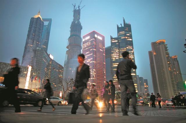 Ο πληθυσμός της Κίνας φαίνεται να συρρικνώνεται   tanea.gr