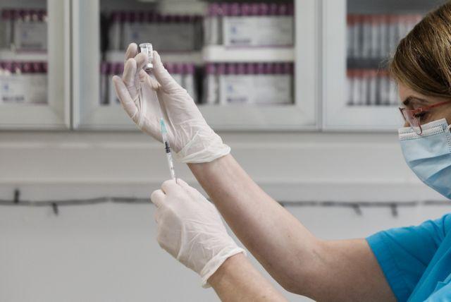 Βασιλακόπουλος: Να δοθούν προνόμια στους εμβολιασμένους – Γιατί παραμένει απαραίτητη η μάσκα   tanea.gr