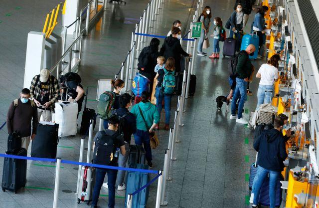 Booking: Θα πάρει χρόνια η ανάκαμψη του ταξιδιωτικού κλάδου | tanea.gr