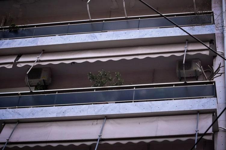 Ιεράπετρα: 14χρονη έπεσε από τον δεύτερο όροφο στο κενό   tanea.gr