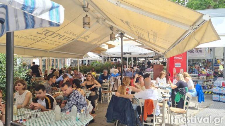 Θεσσαλονίκη: «Αυλαία» στην εστίαση με κρατήσεις μέχρι... τέλη Αυγούστου | tanea.gr