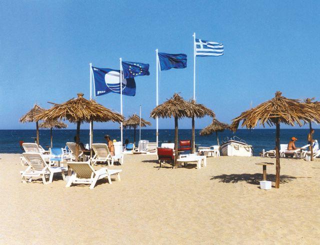 Αυτές είναι οι ελληνικές παραλίες που πήραν Γαλάζια Σημαία | tanea.gr