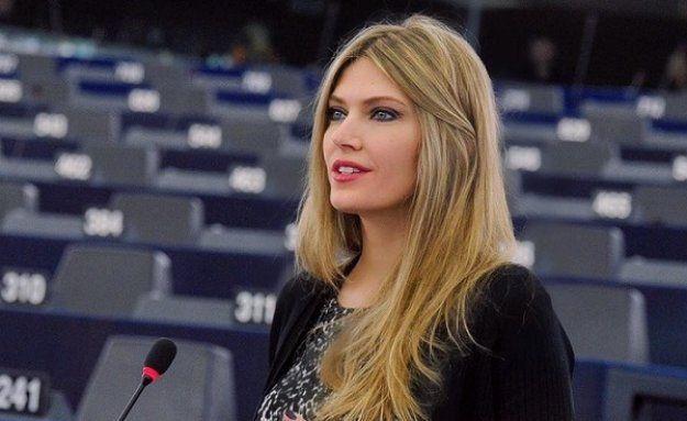 Εύα Καϊλή: Έγινε μανούλα για πρώτη φορά   tanea.gr
