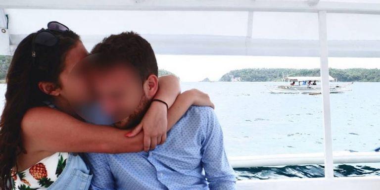 Γλυκά Νερά: Συγκίνηση για το τραγούδι που έγραψαν οι φίλοι της Καρολάιν για τον χαμό της | tanea.gr