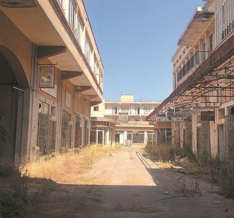 Οδοιπορικό στην Αμμόχωστο: Περπατώντας σε μία άδεια πόλη   tanea.gr
