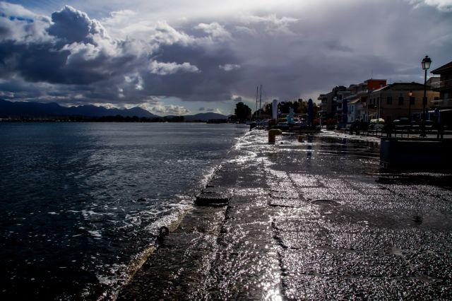 Άστατος ο καιρός και σήμερα - Που θα βρέξει και θα χτυπήσουν καταιγίδες | tanea.gr