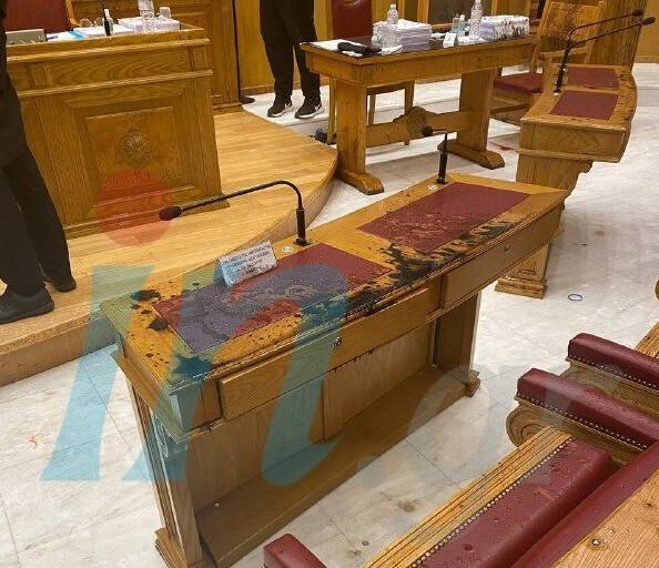 Μονή Πετράκη – Δικηγόρος δράστη: Ο ιερέας είχε προαναγγείλει την επίθεση – Έχει το ακαταλόγιστο | tanea.gr