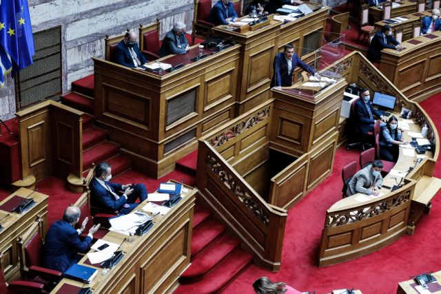 Μητσοτάκης σε Τσίπρα: Δεν είσαι Ανδρέας Παπανδρέου   tanea.gr