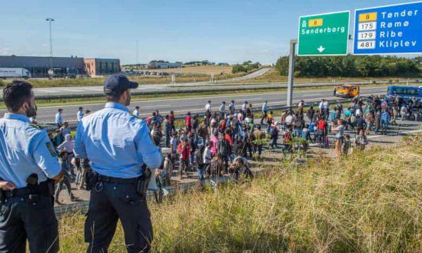 Η Δανία θέλει να στέλνει τους πρόσφυγες σε χώρες εκτός Ευρώπης τις οποίες θα χρηματοδοτεί!   tanea.gr
