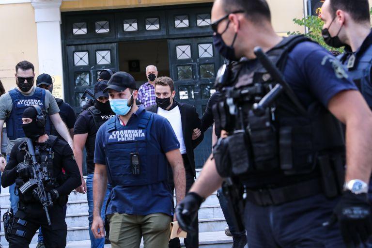 Δικηγόρος πιλότου: Ο ίδιος ζήτησε την τιμωρία και προφυλάκισή του | tanea.gr