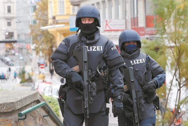 Δύο τραυματίες από νέα επίθεση με μαχαίρι στη Γερμανία – Διέφυγε ο δράστης   tanea.gr