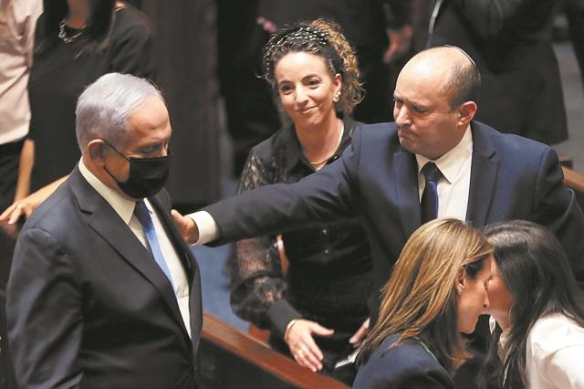 Η «κυβέρνηση αλλαγής» πήρε ψήφο εμπιστοσύνης | tanea.gr