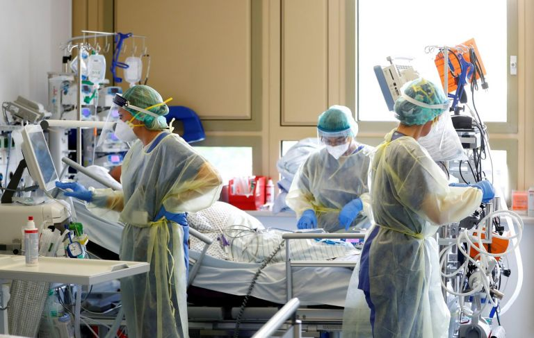 Κοροναϊός: Τα αντισώματα της Regeneron μειώνουν τους θανάτους σε ασθενείς χωρίς αντισώματα | tanea.gr