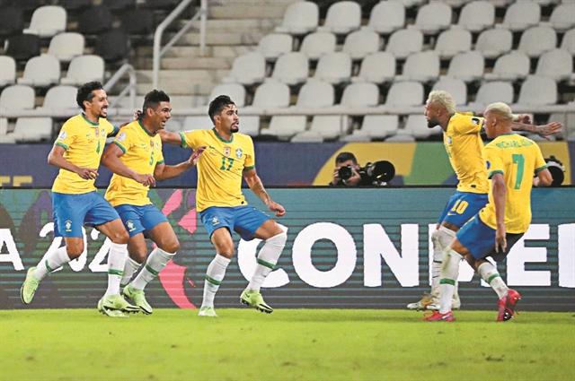 Λυτρωτής Κασεμίρο για τη Βραζιλία | tanea.gr