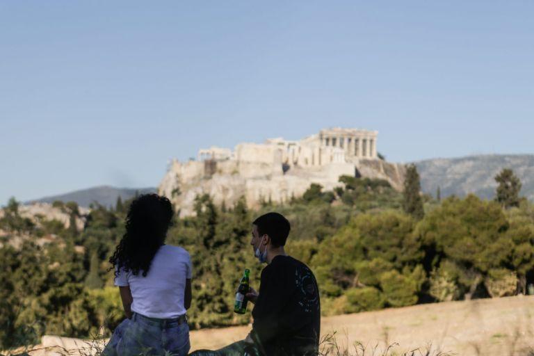 Κοροναϊός: Μειωμένα τα κρούσματα στην Αττική | tanea.gr