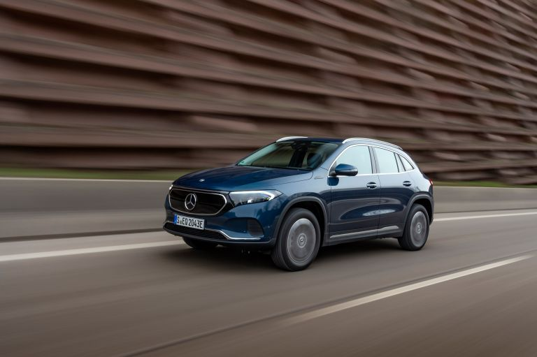 Σε τι ξεχωρίζει η νέα, τετρακίνητη, ηλεκτρική Mercedes-Benz EQA   tanea.gr