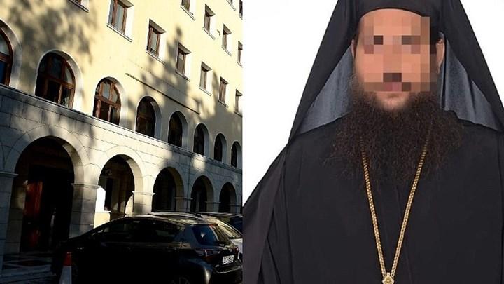 Μονή Πετράκη: Μπουμπούκι ο 37χρονος ιερομόναχος-δράστης της επίθεσης | tanea.gr