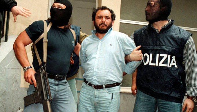 Ιταλία:  Αποφυλακίστηκε πρόωρα ο μαφιόζος Μπρούσκα – Είχε δολοφόνησει τον εισαγγελέα Φαλκόνε | tanea.gr