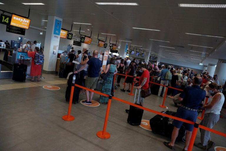 Πορτογαλία: Βρετανοί τουρίστες σπεύδουν να επιστρέψουν στη χώρα τους | tanea.gr