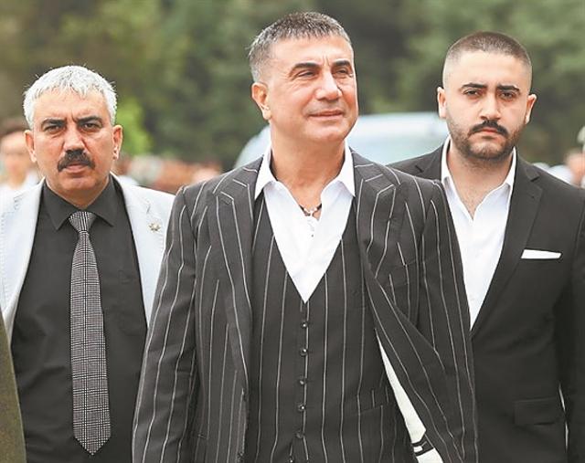Τουρκία: Από το Σουσουρλούκ στον Σεντάτ Πεκέρ, 25 χρόνια σκάνδαλα