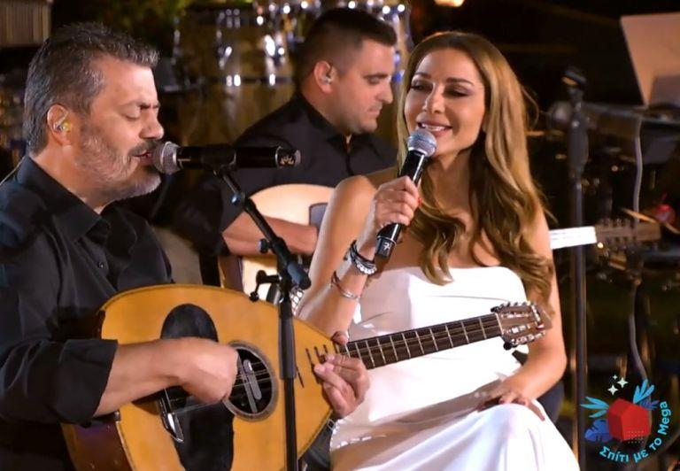 «Σπίτι με το MEGA»: Δείτε μουσικό απόσπασμα από τη βραδιά με τη Δέσποινα Βανδή και τον Μανώλη Κονταρό   tanea.gr