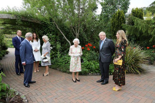 Η δεξίωση της βασίλισσας Ελισάβετ στους ηγέτες της G7 Πρώτη συνάντηση με τον Τζο Μπάιντεν   tanea.gr