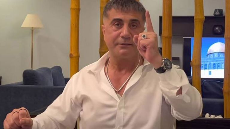 Τουρκία: Οργίασαν οι φήμες για σύλληψη του τούρκου αρχιμαφιόζου Σεντάτ Πεκέρ | tanea.gr