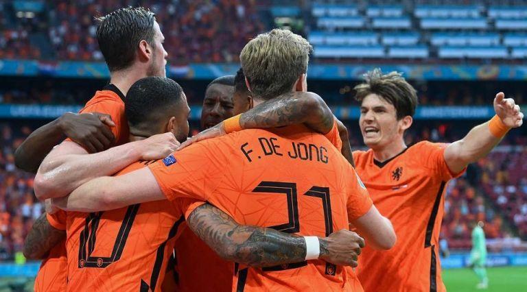 2/2 και πρόκριση στους «16» για την Ολλανδία | tanea.gr