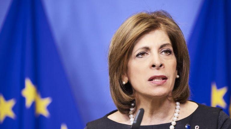 Στην Αθήνα η επίτροπος Υγείας της ΕΕ – Το εμβολιαστικό πρόγραμμα στο επίκεντρο της συνάντησης με τον Μητσοτάκη   tanea.gr
