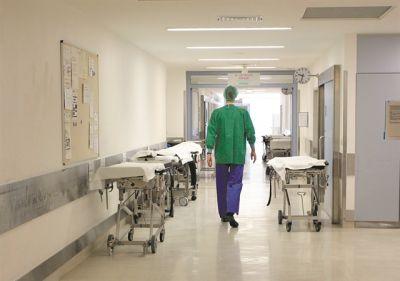 Τζανάκης: Όσοι υγειονομικοί δεν εμβολιάζονται να μεταφερθούν σε άλλες υπηρεσίες   tanea.gr