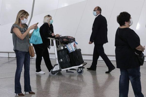 Βρετανία: Πιλότοι καλούν τους πολιτικούς να διασώσουν την ταξιδιωτική βιομηχανία | tanea.gr