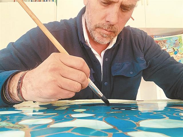 Ο γιος του Τζο Μπάιντεν: Δικηγόρος, αλκοολικός αλλά και ακριβοπληρωμένος ζωγράφος | tanea.gr