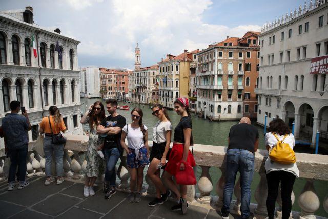 Ιταλία: Φόβος για τη μετάλλαξη Δέλτα – Καραντίνα για τους βρετανούς τουρίστες   tanea.gr