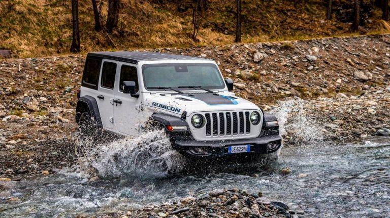 Jeep Wrangler4xe: Στην Ελλάδα η plug– inεκδοχή με αυτονομία 50 χιλιόμετρα | tanea.gr