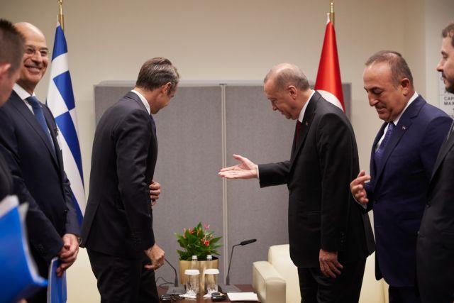 Χωρίς την παρουσία υπουργών και αντιπροσωπειών η συνάντηση Μητσοτάκη - Ερντογάν | tanea.gr