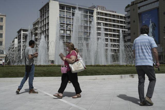 Συσκευές που καθαρίζουν τον αέρα τοποθετήθηκαν στην πλατεία Ομονοίας | tanea.gr