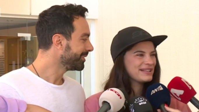 Τανιμανίδης – Μπόμπα: Οι πρώτες δηλώσεις μετά το εξιτήριο από το μαιευτήριο   tanea.gr