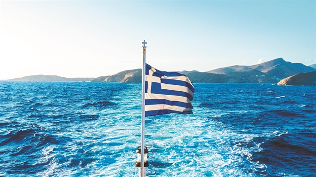 Κατατέθηκε η τροπολογία για τη διατήρηση του μειωμένου ΦΠΑ σε πέντε νησιά του Αιγαίου | tanea.gr