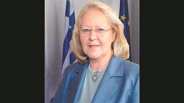 Ελένη Σουρανή: Η «κυρία Ελένη» της ελληνικής διπλωματίας   tanea.gr