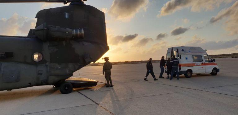 Εκτόξευση αεροδιακομιδών με ελικόπτερα του Στρατού Ξηράς | tanea.gr