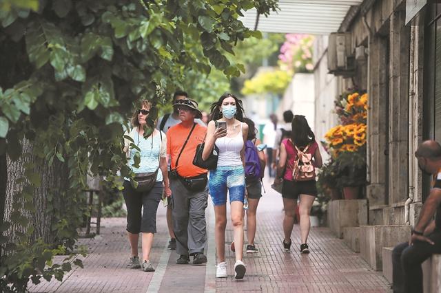 Η μάσκα σε ανοικτούς χώρους μετρά... ημέρες   tanea.gr